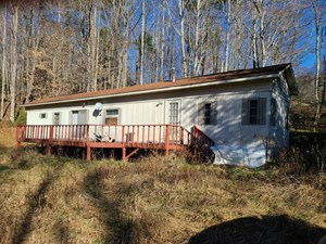 LAND FOR SALE IN TROUTDALE VA