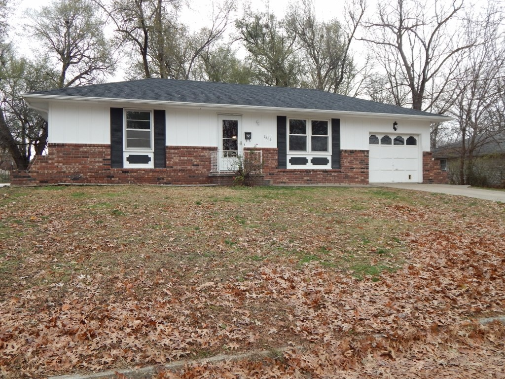 Well Maintained Home in Town, Nevada, MO