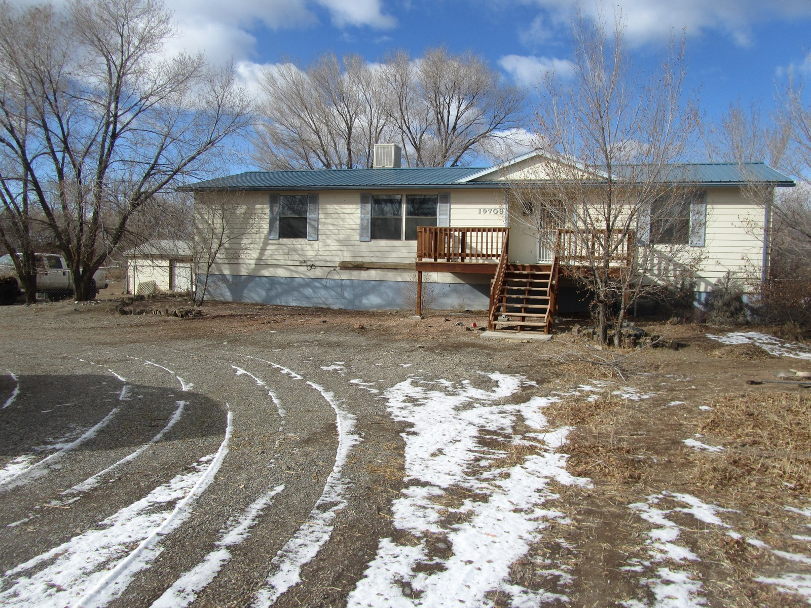 Home with Acreage For Sale in Colorado