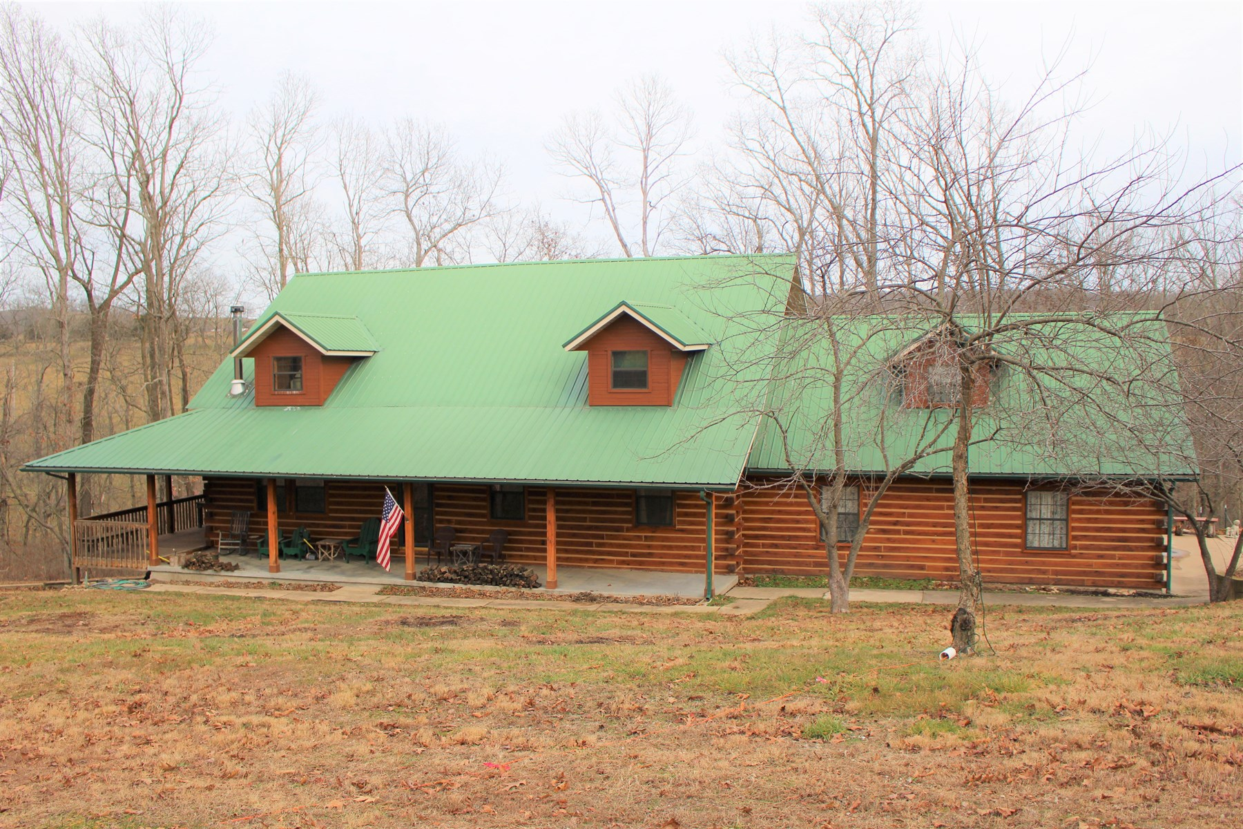 Red Oak Log Home For Sale
