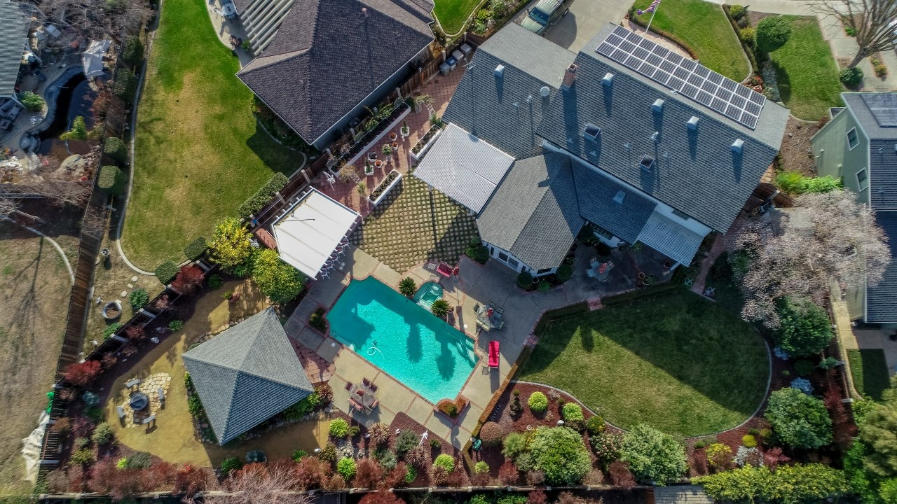 Northern California Homes with Pools For Sale