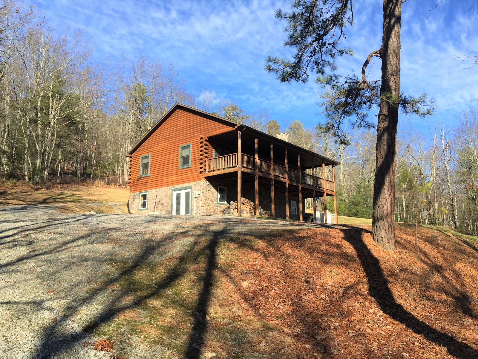 Home and 10 Acres in Wythe Co