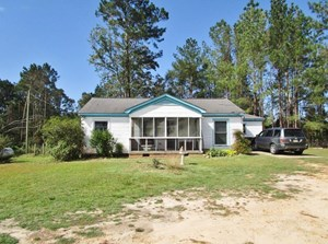 3 BED/1 BATH HOME 52 ACRES LAND FOR SALE COPIAH CO, MS