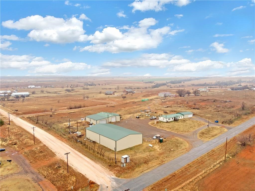 Land with a home and shop for sale Beckham Co
