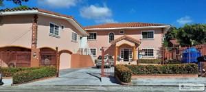 BEACH HOUSE WITH POOL FOR SALE IN CORONADO PANAMA
