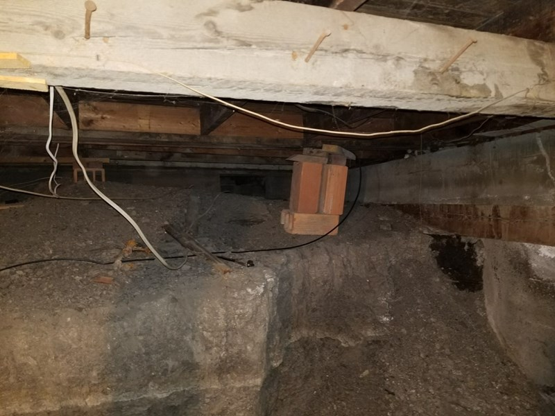 ROCK AND TIMBER CRAWL SPACE