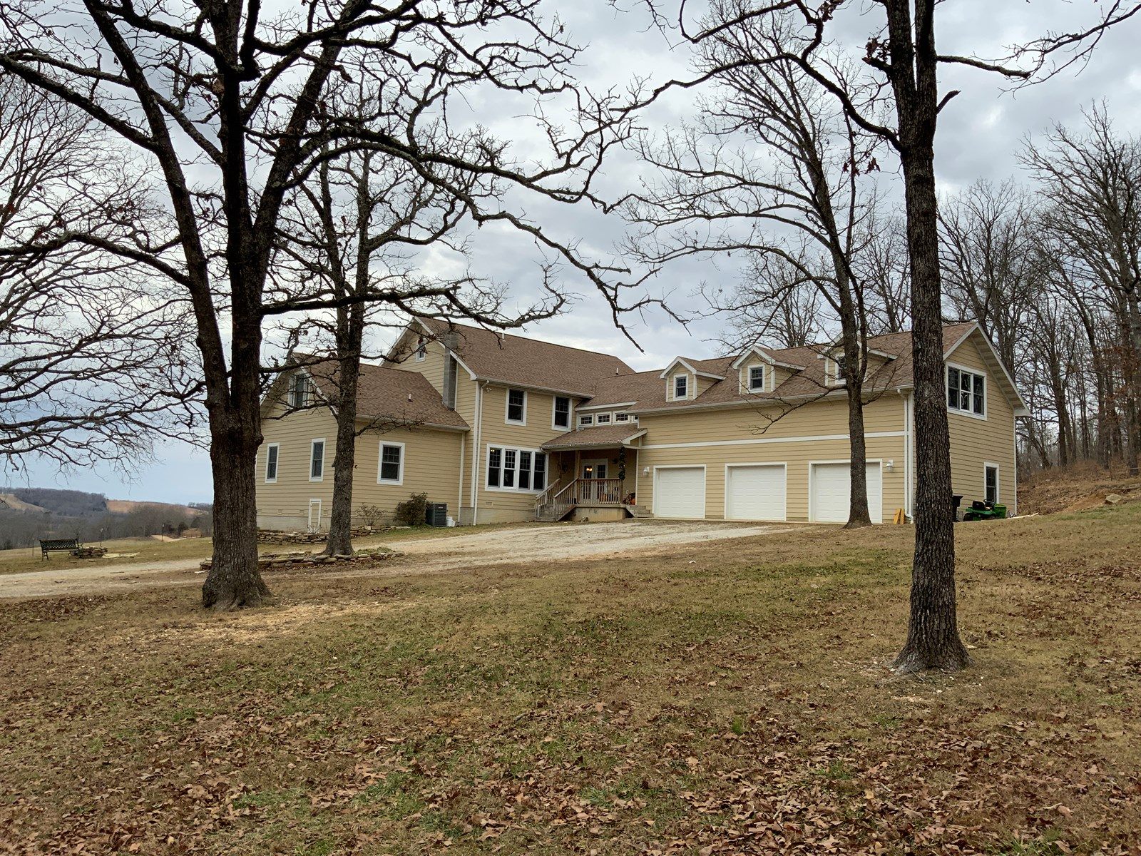 Country Home and Land for Sale in Southern Missouri Ozarks