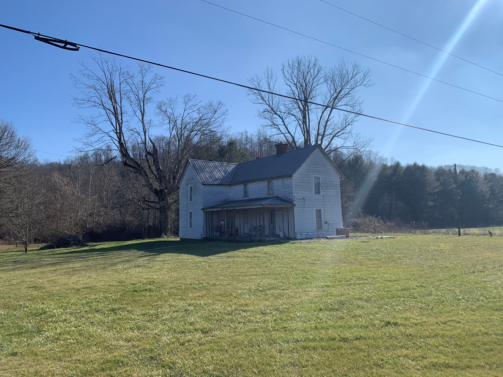 HANDY-MAN SPECIAL-HISTORIC HOME-COUNTRY SETTING / KENTUCKY