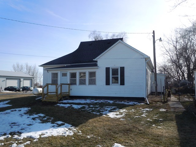 COMPLETELY REMODELED RANCH HOME FOR SALE MONDAMIN IOWA