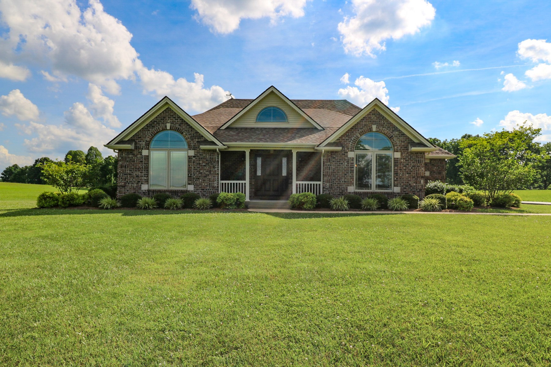 Custom country home for sale Liberty KY 3bd 2 ba