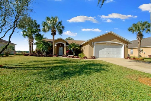 3/2, 2300+ SQ.FT. HOME, GATED COMMUNITY, CENTRAL FLORIDA