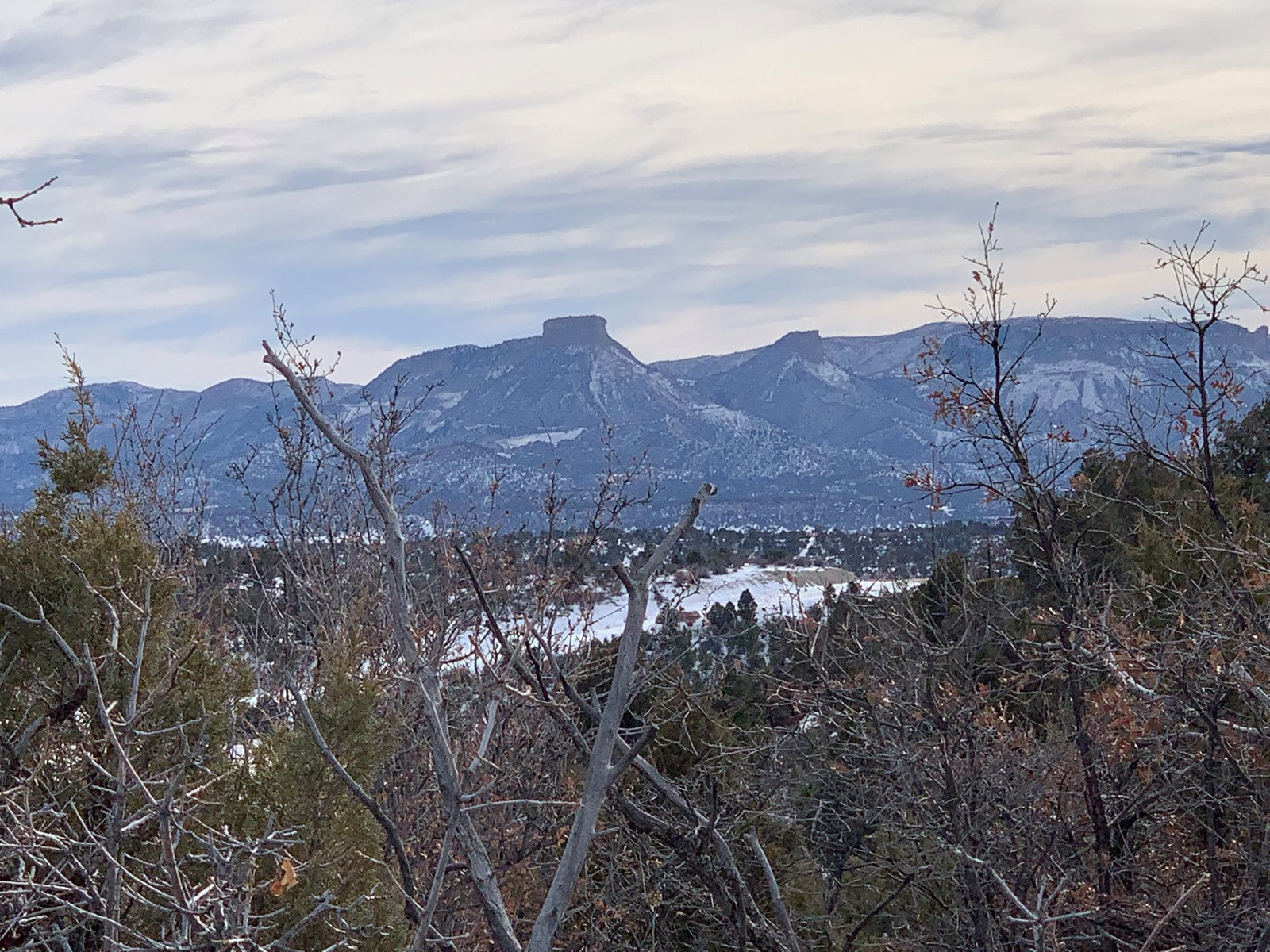 35 ac lot for sale overlooking the Puett Lake in Mancos, CO