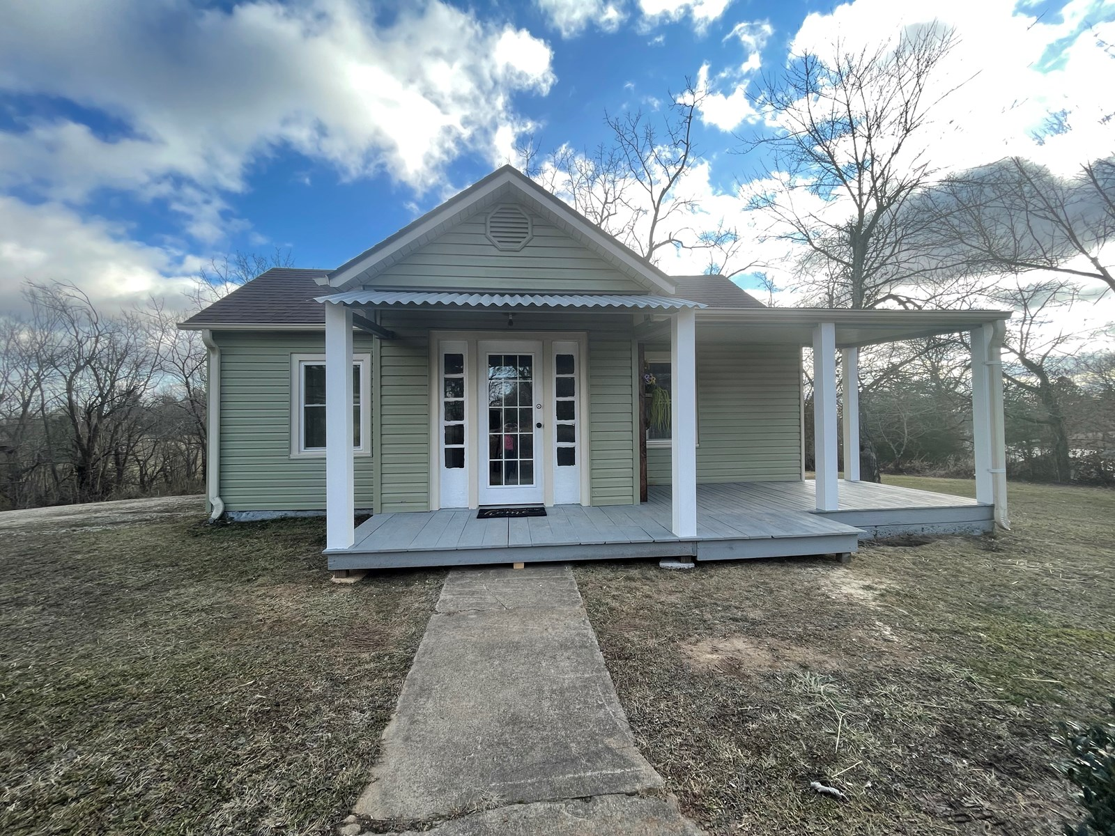 Home for Sale in West Plains, MO - Totally Updated