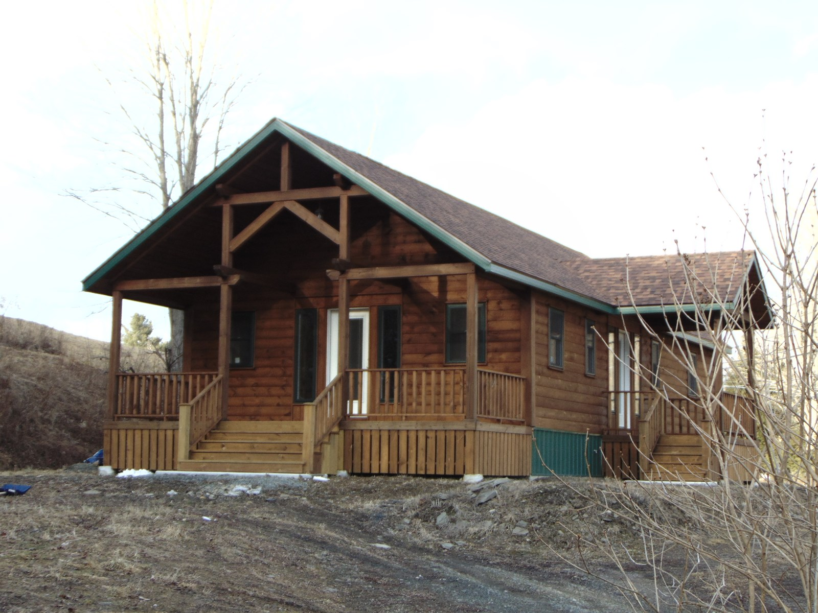 LOG HOME-DELAWARE RIVER ACCESS