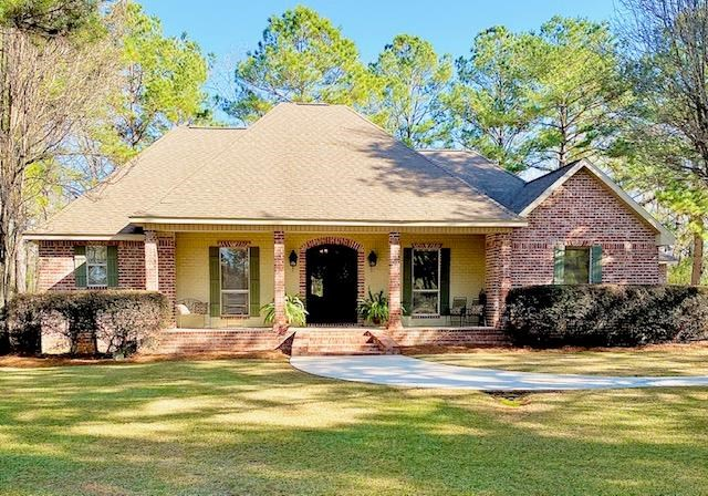 4 Bed, 3 Bath Home in Upscale Neighborhood by MS State Park