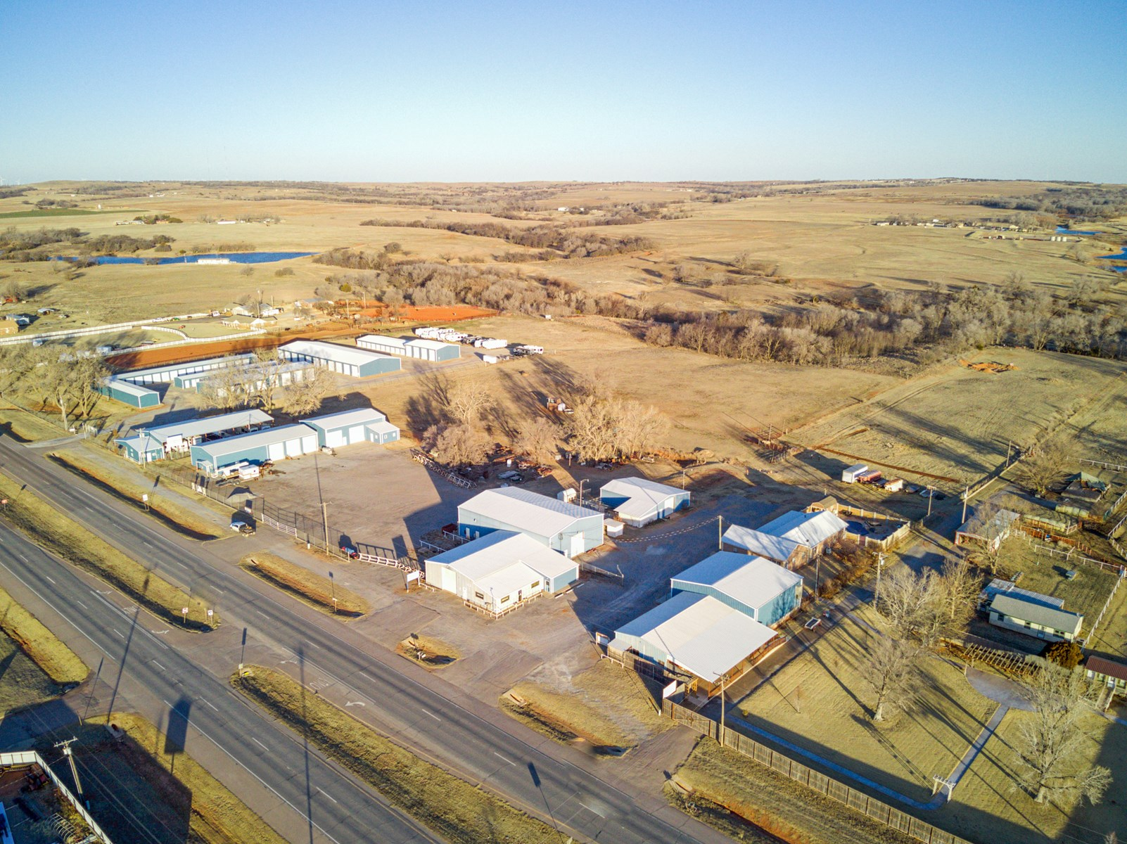 Commercial Buildings and Land For Sale in Beckham County, OK