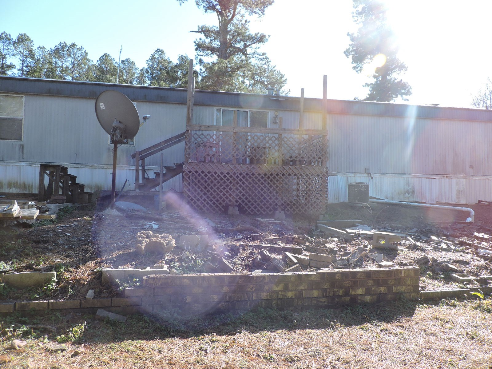 MOBILE HOME ON 3 ACRES M/L