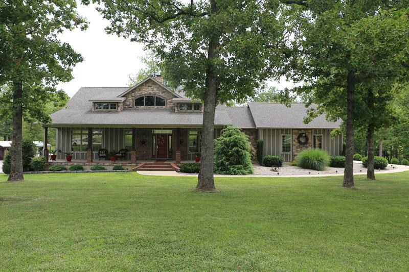 Exquisite Home on 21.05 Lush Acres in the Southern Ozarks