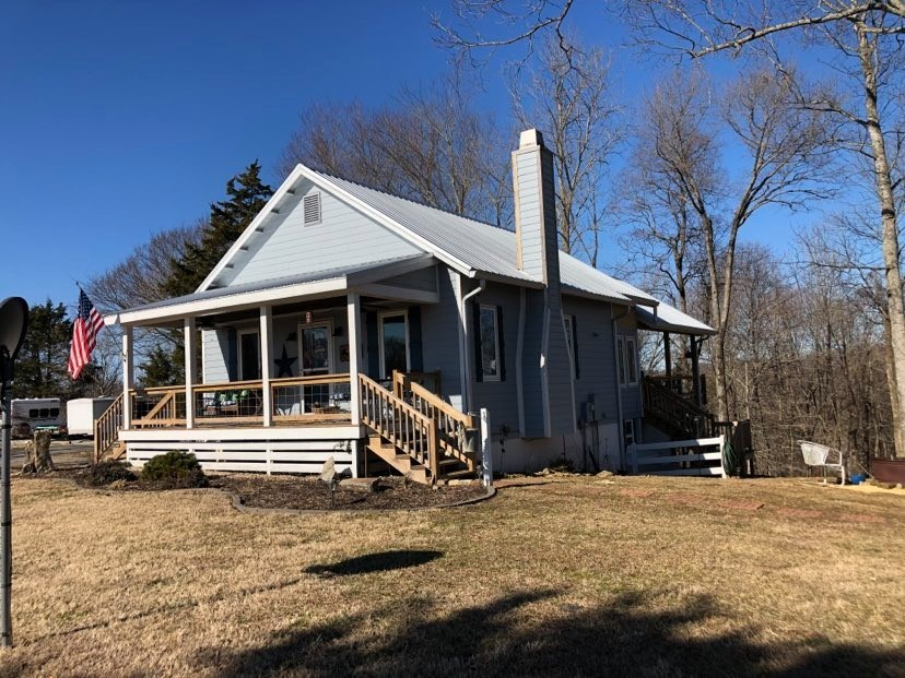 Home & Hobby Farm For Sale in Burkesville KY
