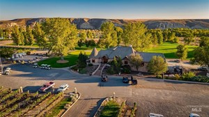 Y KNOT WINERY FOR SALE NEAR SNAKE RIVER IN GLENNS FERRY, ID