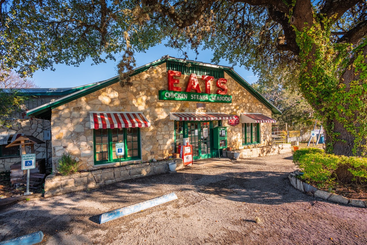 Historic Restaurant & Bar For Sale in Kendall County, TX