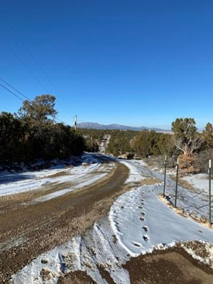 EDGEWOOD, NEW MEXICO RESIDENTIAL 2.5 ACRE LOT FOR SALE