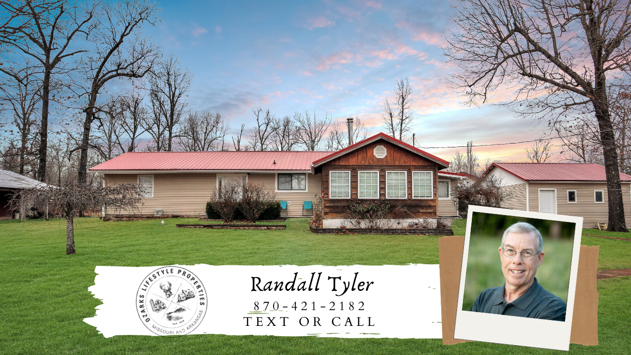 Ozarks Hobby Farm and Country Home for Sale