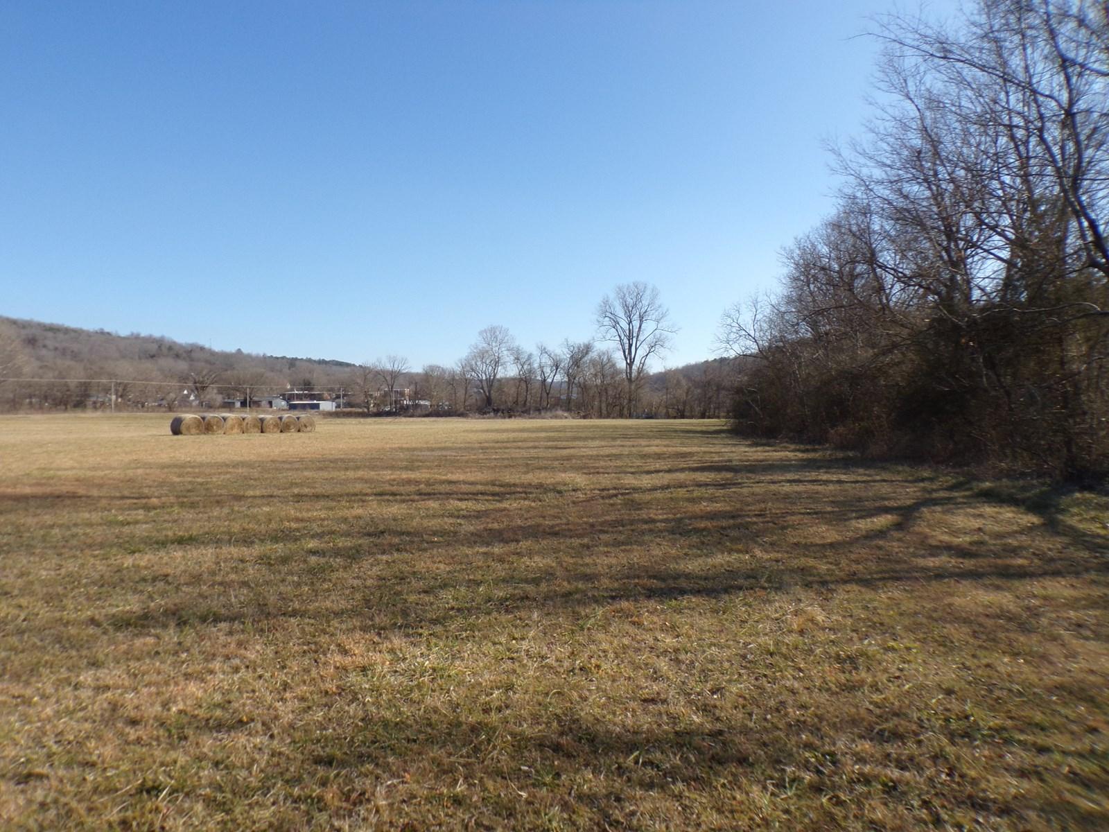 15 Acres w/Creek Frontage For Sale in Leslie, Arkansas