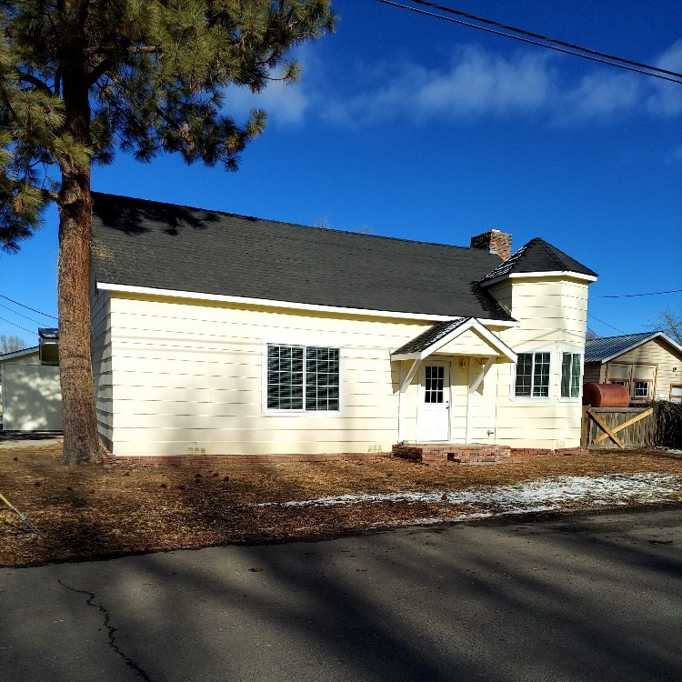 3/bed 2/bath Town Home in Alturas, Northern CA