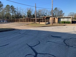 VACANT COMMERCIAL BUILDING FOR SALE
