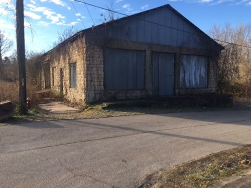 COMMERCIAL PROPERTY IN CALICO ROCK, ARKANSAS