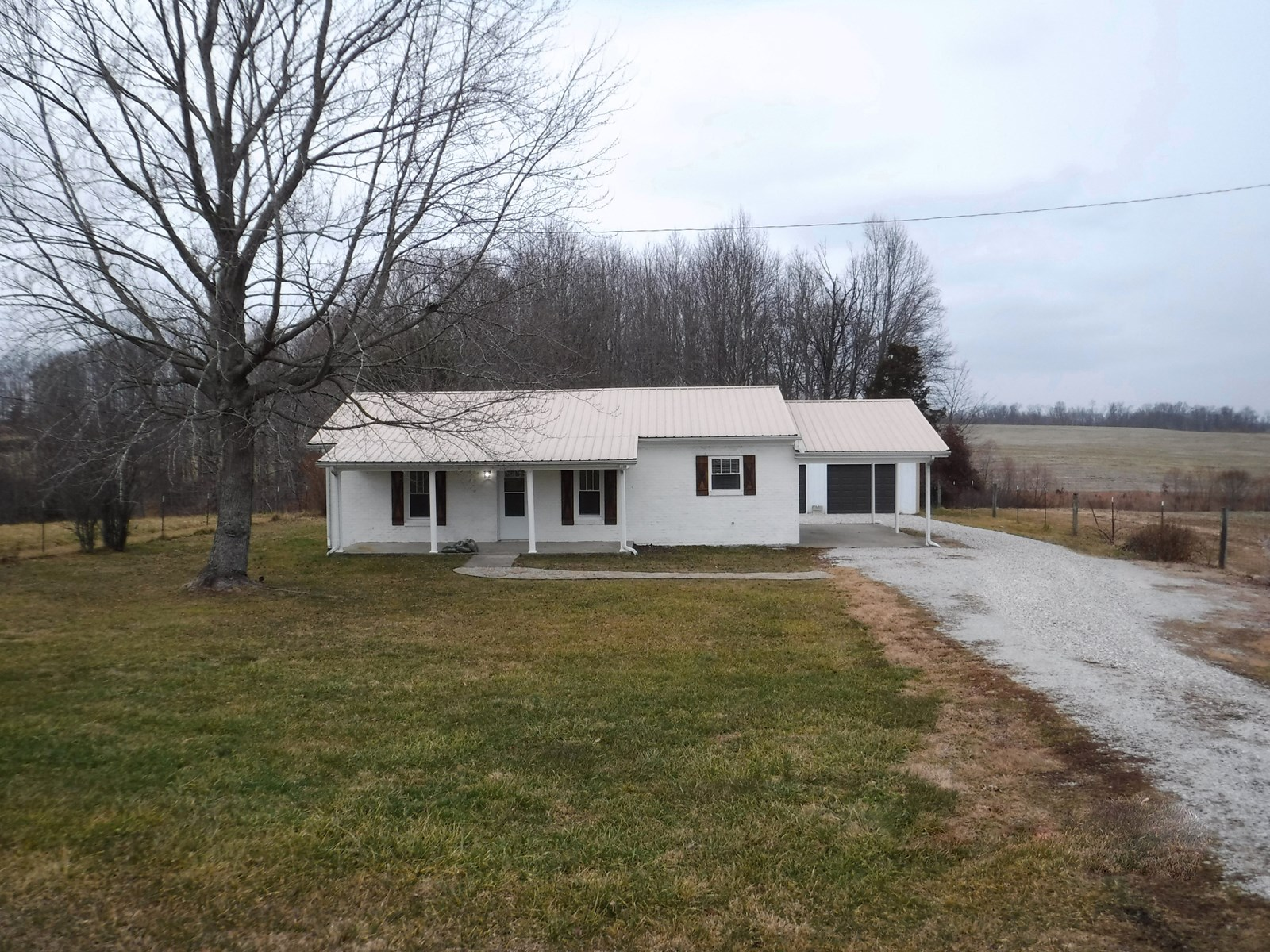 Country home for sale in Pulaski County Kentucky