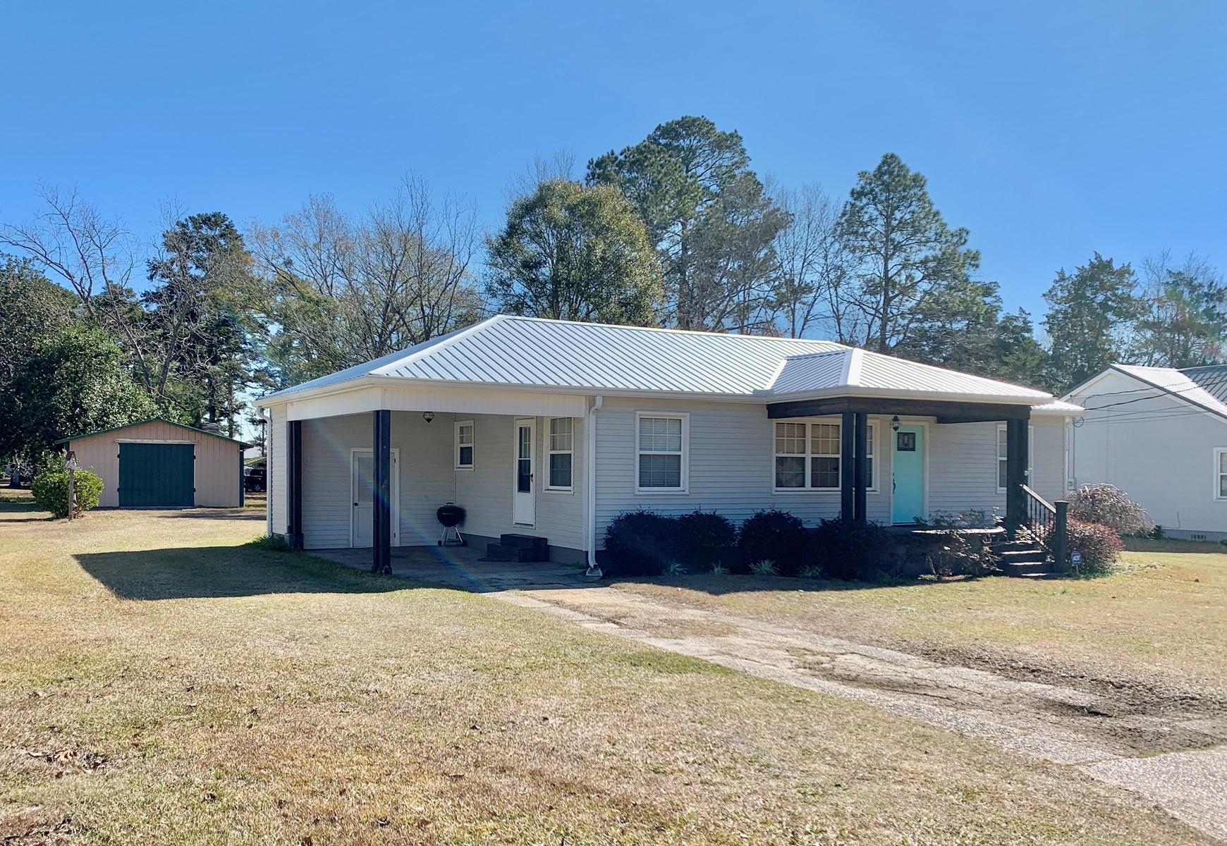 Home for sale in Geneva, Alabama