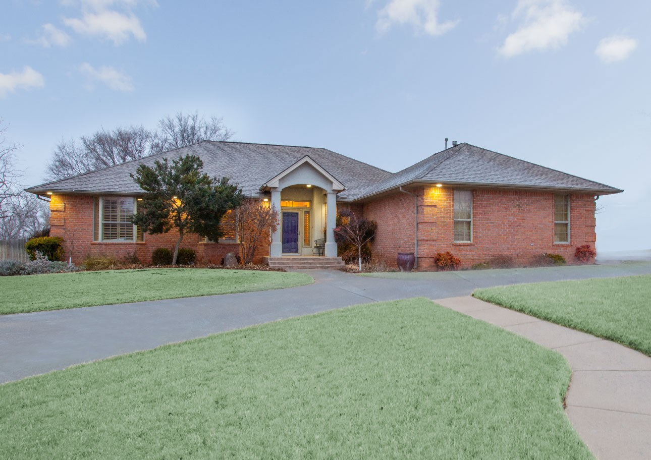 Country Home for Sale, Clinton, OK Custer County