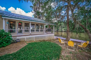TEXAS LAKEFRONT HOUSE FOR SALE IN CADDO LAKE, TEXAS!