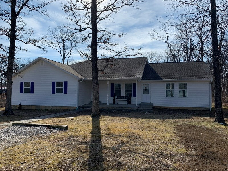 Country Home For Sale in Nevada, MO