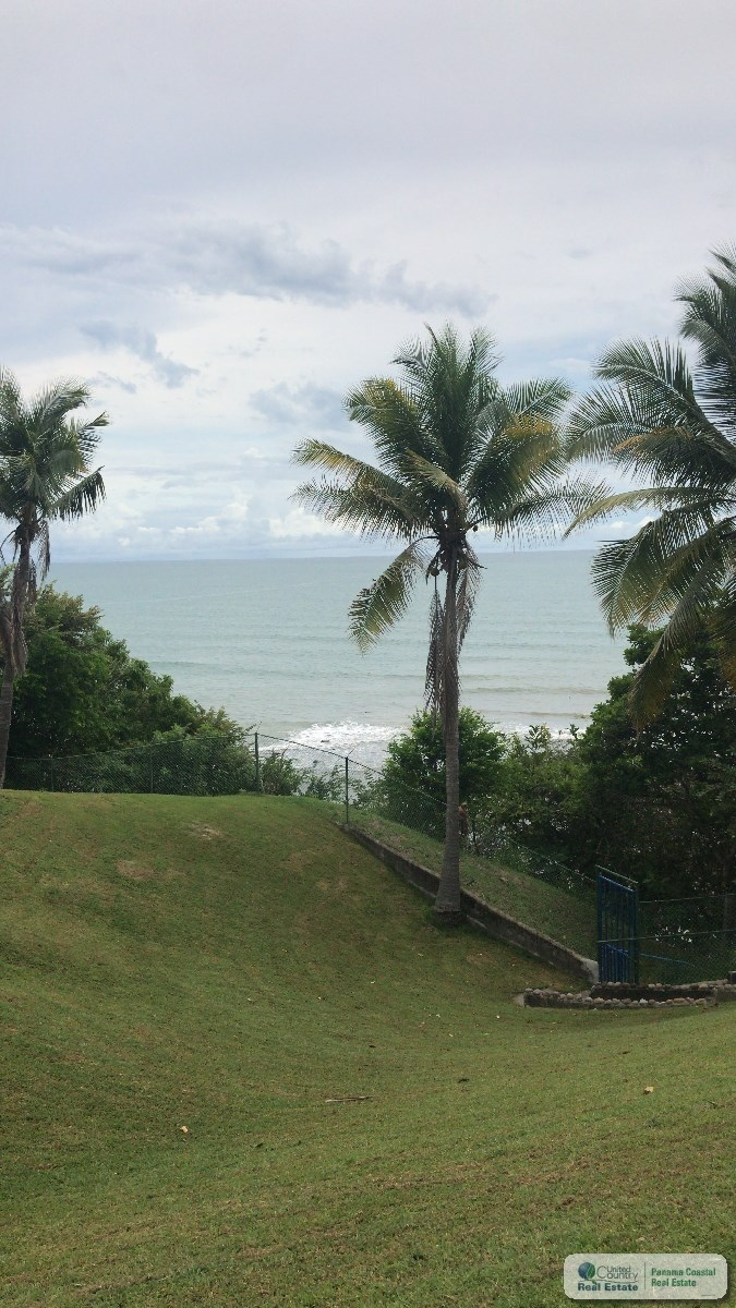 BEACH FRONT PROPERTY FOR SALE IN RIO MAR PANAMA