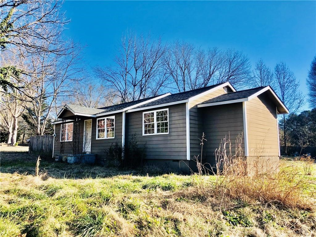 Home in Town for sale in Cherokee County