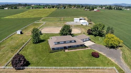 Stunning Equine Property in Orchard Prairie, Spokane, WA
