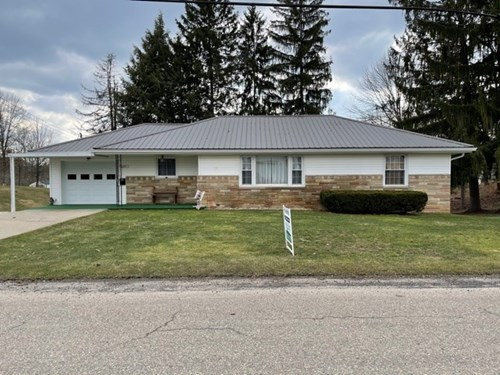 Woodsfield, OH Ranch Home on Full Basement