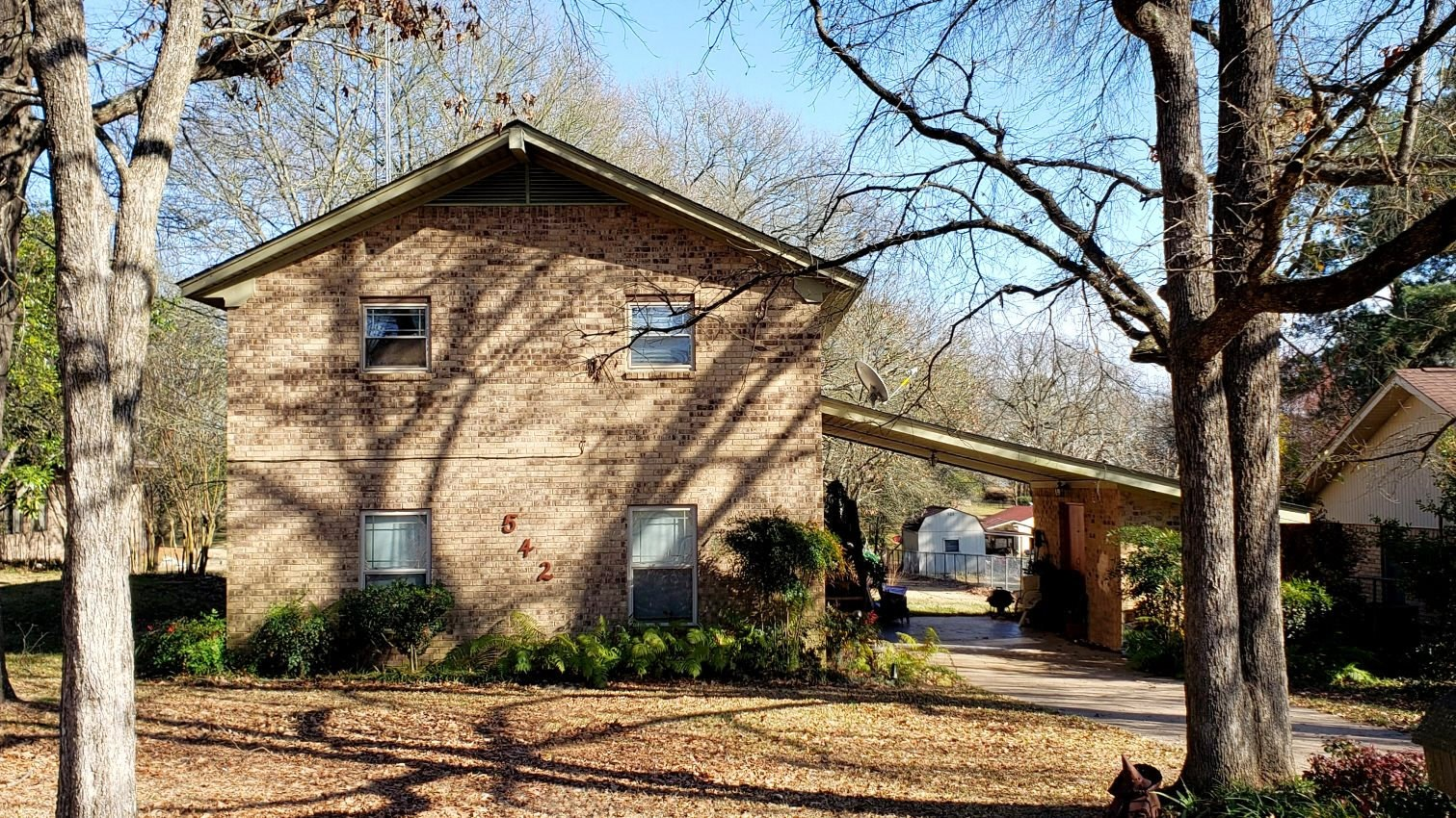 LAKE PALESTINE WATERFRONT HOME FOR SALE | VACATION HOME