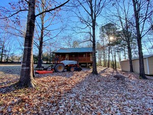63.5 ACRE GREAT HUNTING LAND, LODGE IN COPIAH COUNTY, MS