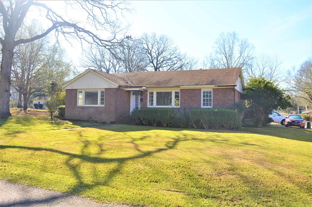 Home for sale in Town McComb MS
