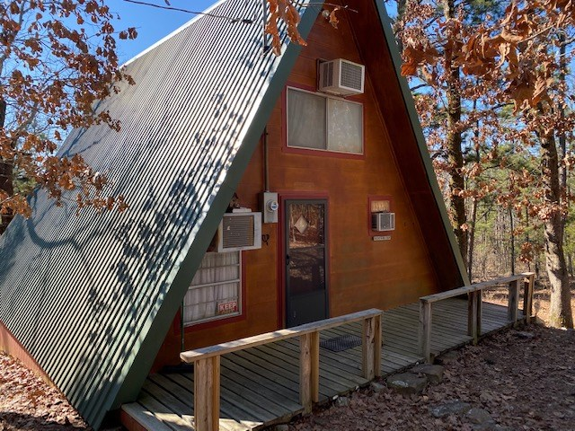 Secluded Mountain Cabin and Acreage for Sale Clayton, OK