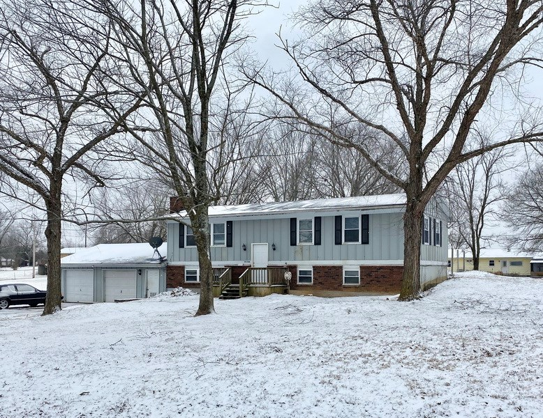 Home For Sale in Nevada Vernon Co Missouri by Claire Silvers