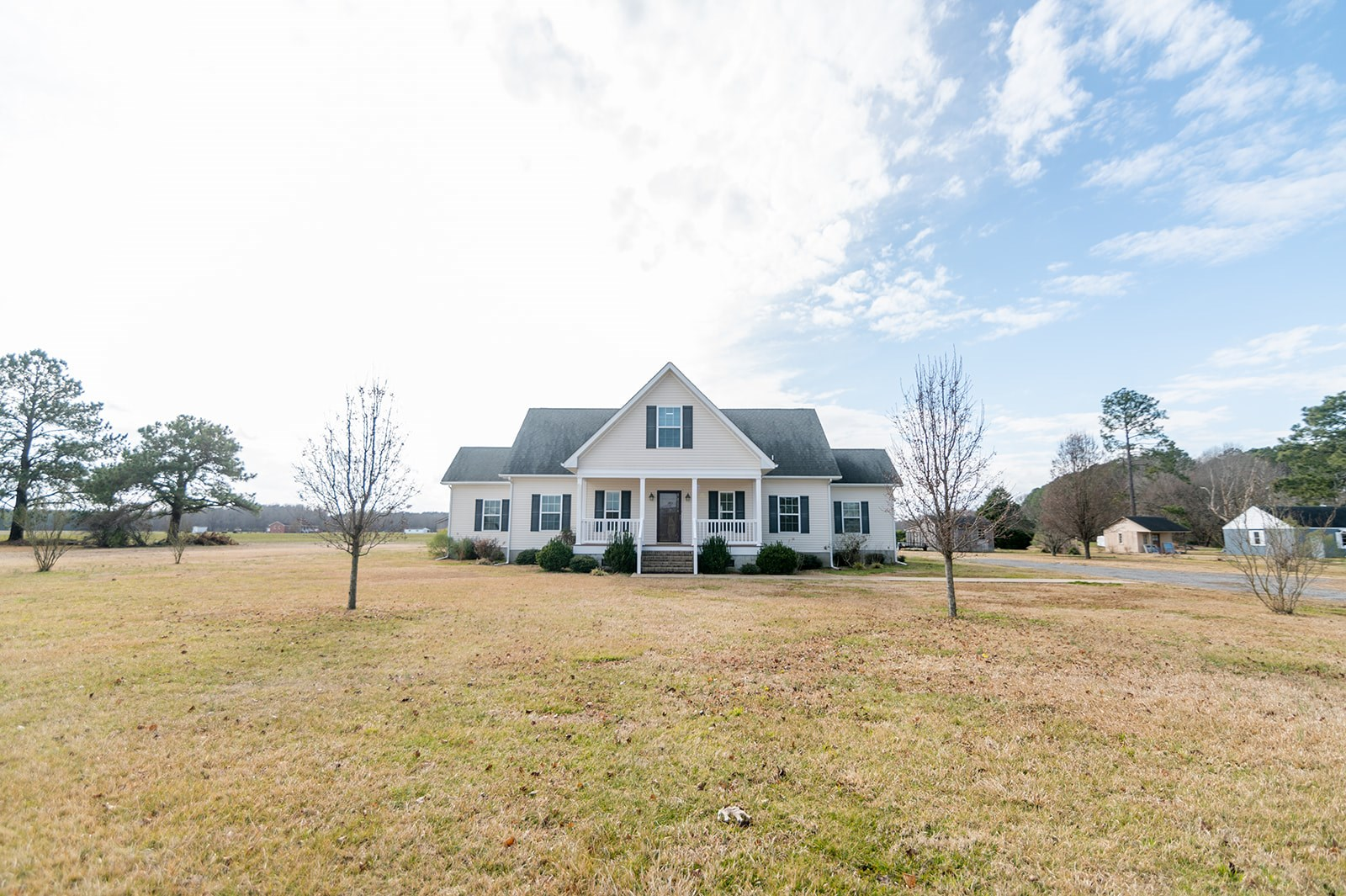 Singe Family  Home in Heart of Perquimans County Farm Land