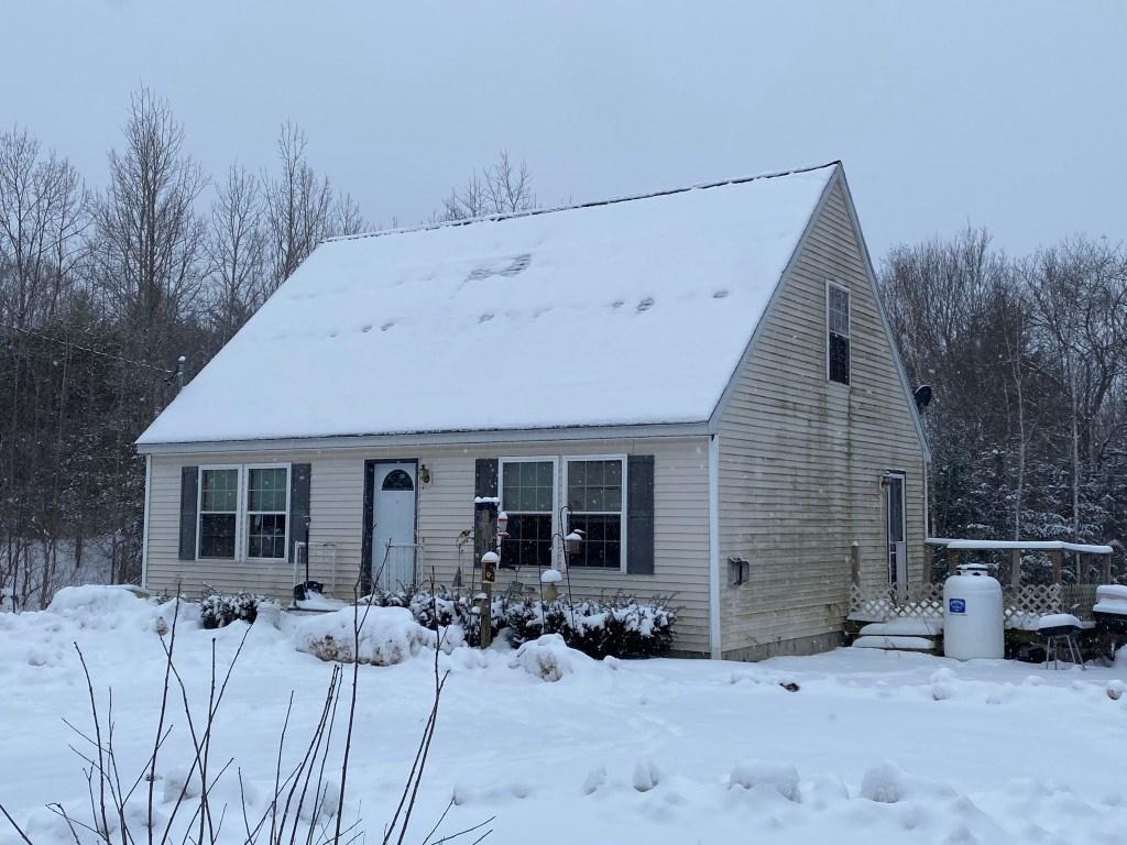 Home for sale in Warren