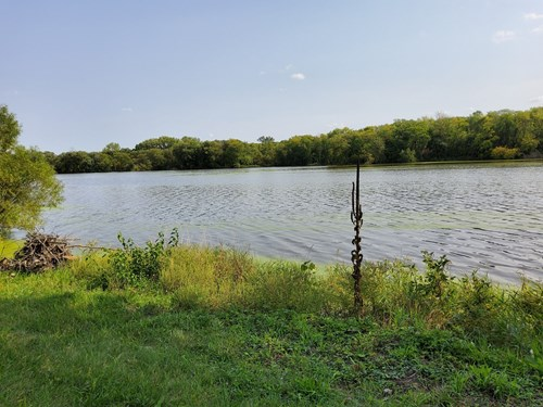Illinois Hunting, Campground, and Lake Property For Sale