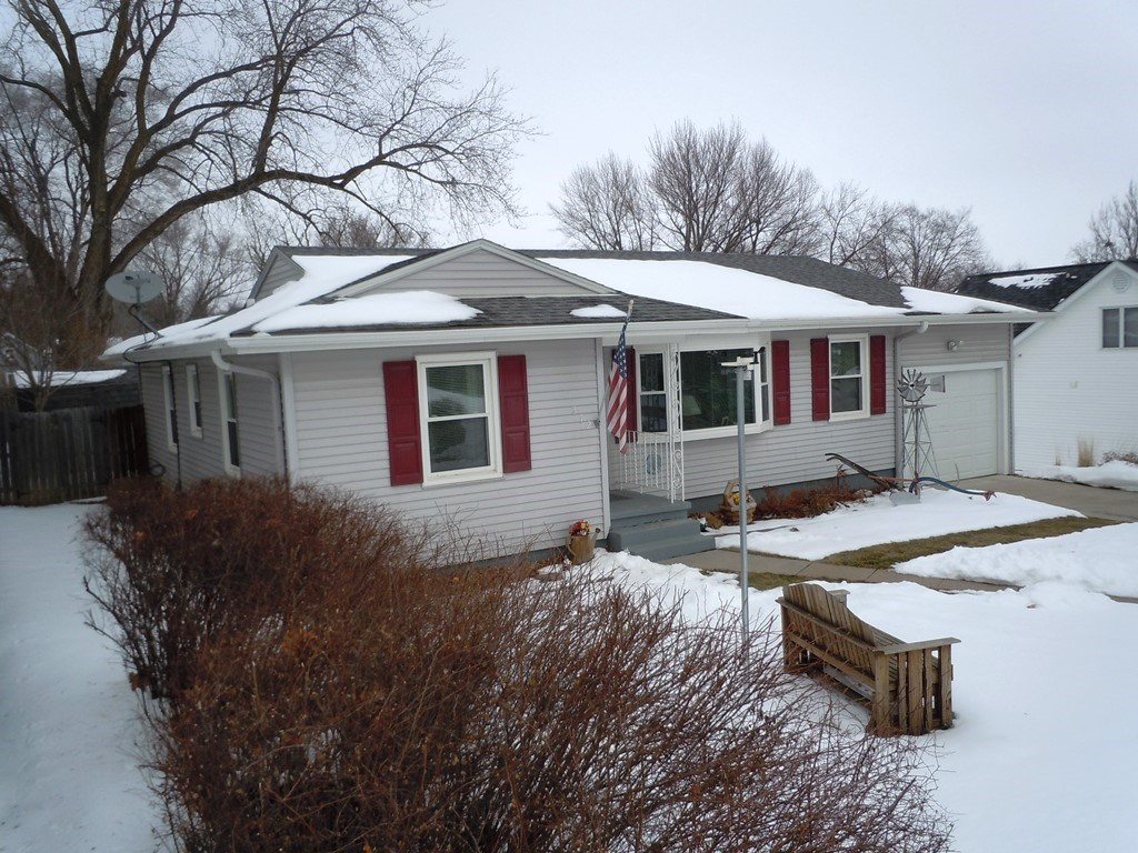 RANCH HOME FOR SALE LOGAN, HARRISON COUNTY, IOWA