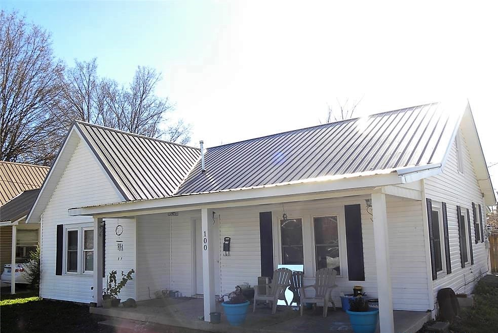 Nice starter or investment home for sale in Franklin, Ky.
